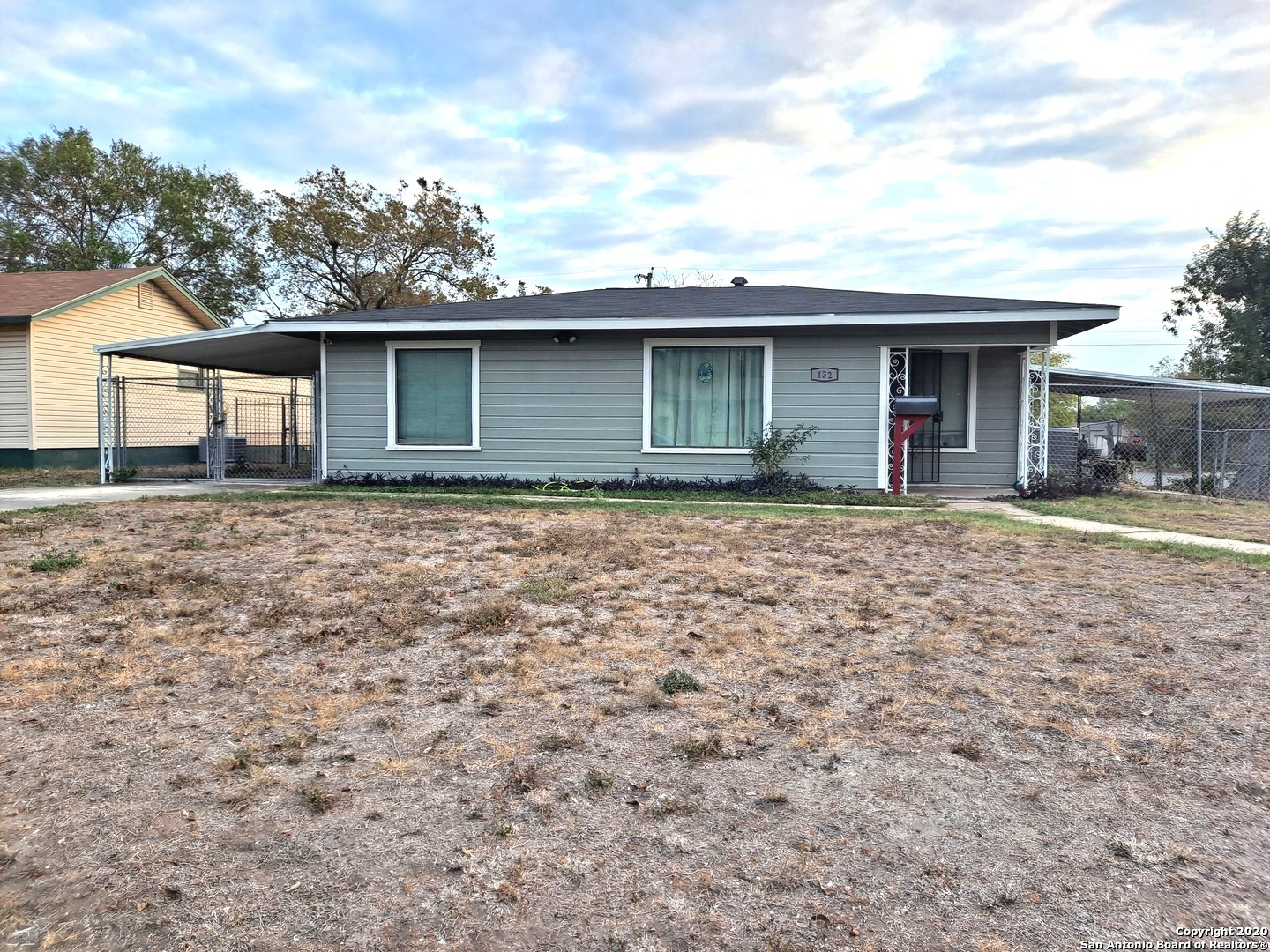 Wow Location, Location, big corner lot house freshly painted exterior ,and workshop,original hardwoo