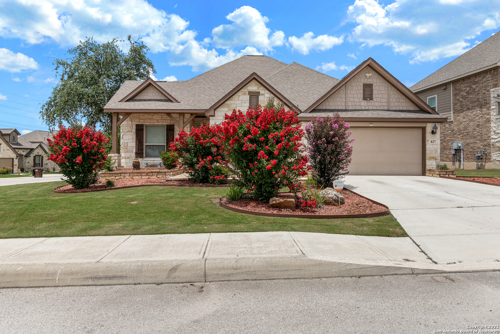 """Showings start 7/16/2021, Open house on 7/16 from 11am-3pm, and Open house on 7/18 from 12pm-3pm.  Beautiful home on a corner lot with gorgeous landscaping located in coveted Potranco Run. Open kitchen concept with breakfast bar/island, tile flooring and travertine backsplash, 42"""" cabinets, gas cooktop, oven, microwave, and breakfast nook. Family room and formal dining room is just off the kitchen, as well as a study/office nook.  Master bedroom  includes a full master bath with two vanities, a garden tub and separate shower.  Three secondary bedrooms are a"""