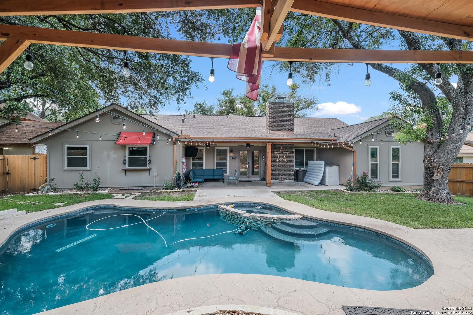 Multiple offers, highest and best offers by Sunday night please. Appraisal waivers, and leasebacks are appreciated. Open house 12-4 Saturday, 11-3 Sunday. Call agent 940 399 8101 for other times.  Back yard oasis just in time for summer! Sitterle built home, tile roof & HEATED POOL/SPA in the midst of Oak Hollow Estates. Open living, vaulted ceilings, decorative fixtures & beautiful brick fireplace. Bright, functional kitchen with stainless high end appliances. Kitchen adjacent to both the formal & casual dining with views of the pool! Relax & enjoy movies,