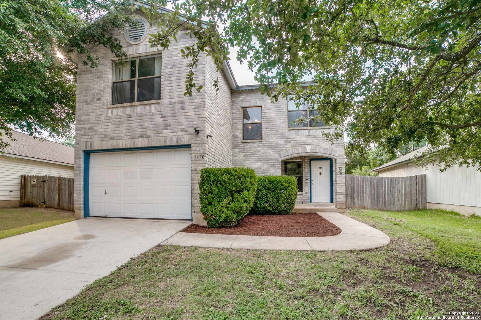 2 Story Home ready for the next family!. 1879 sqft, all bedrooms upstairs, fresh interior paint throughout home. Walking distance to Elementary school, community park & pool. Spacious first floor, flows really well for entertaining. Back yard needs a bit of TLC.. Come and take a look!