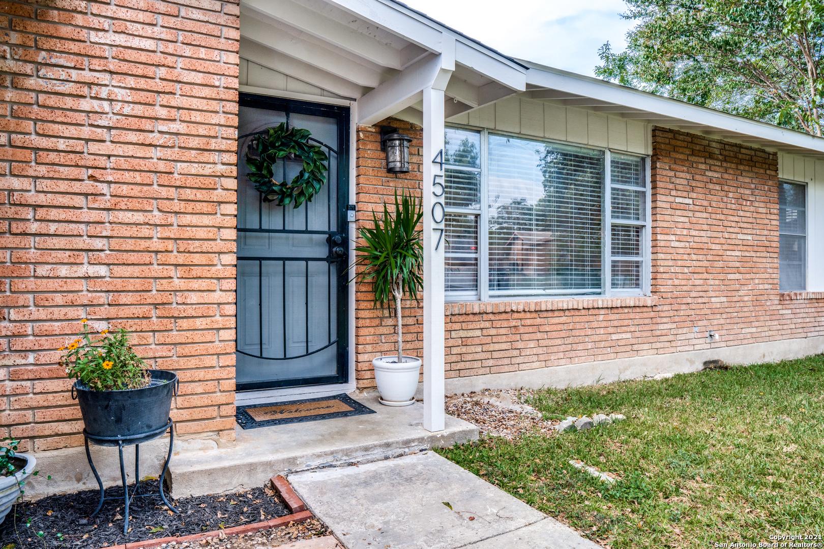 4507 Trailwood Dr, San Antonio, TX 78228
