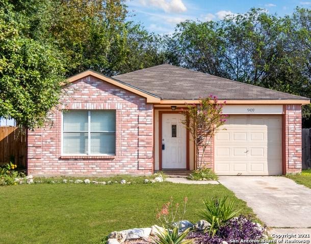 9439 CELINE DR, San Antonio, TX 78250