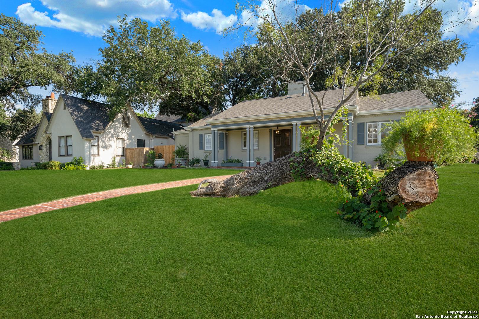 240 W Lullwood Ave, San Antonio, TX 78212