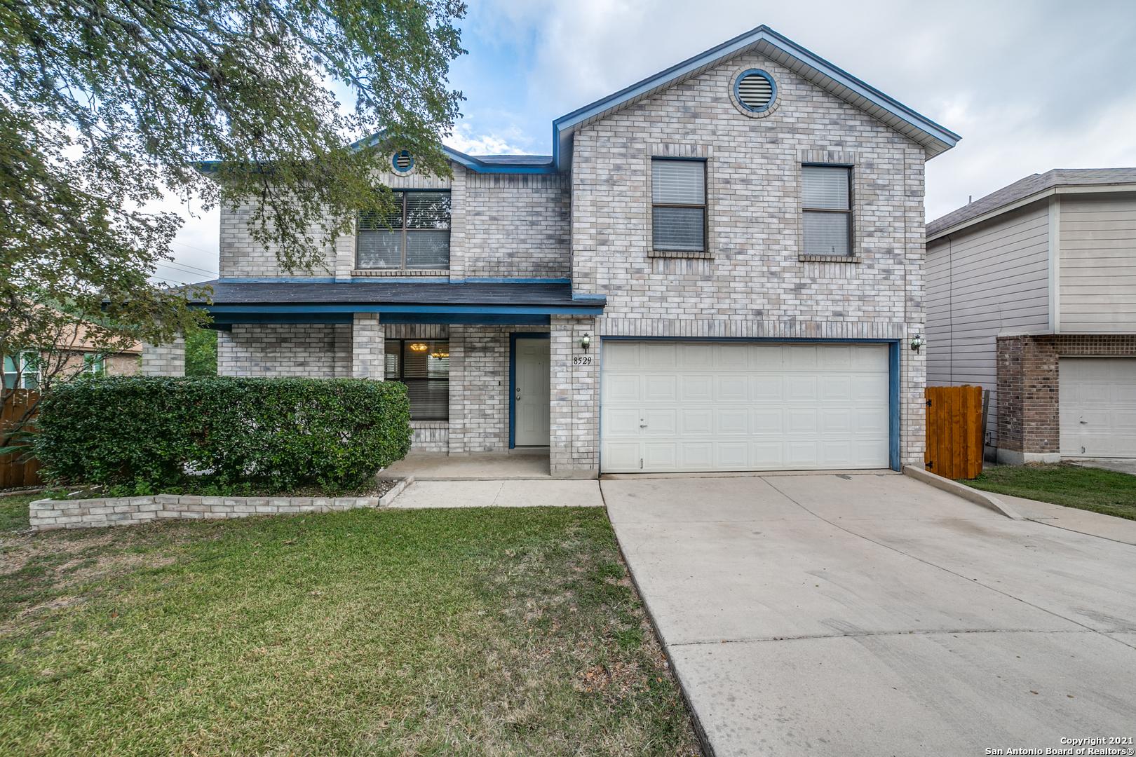 8529 Cross Spring, San Antonio, TX 78251