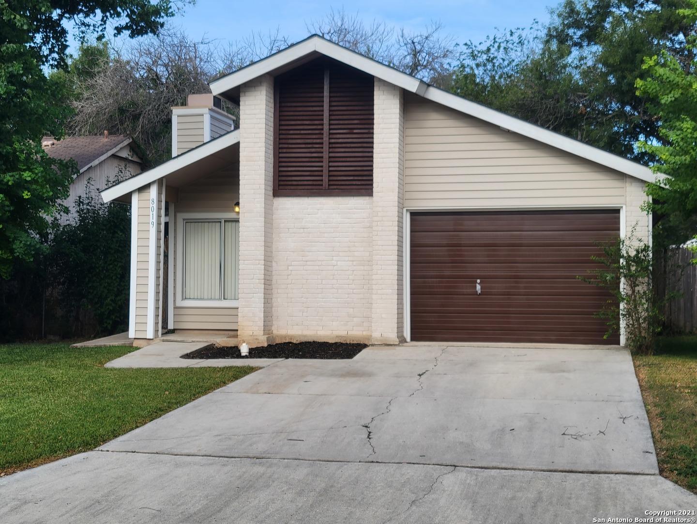 8019 ORCHARD BEND ST, San Antonio, TX 78250