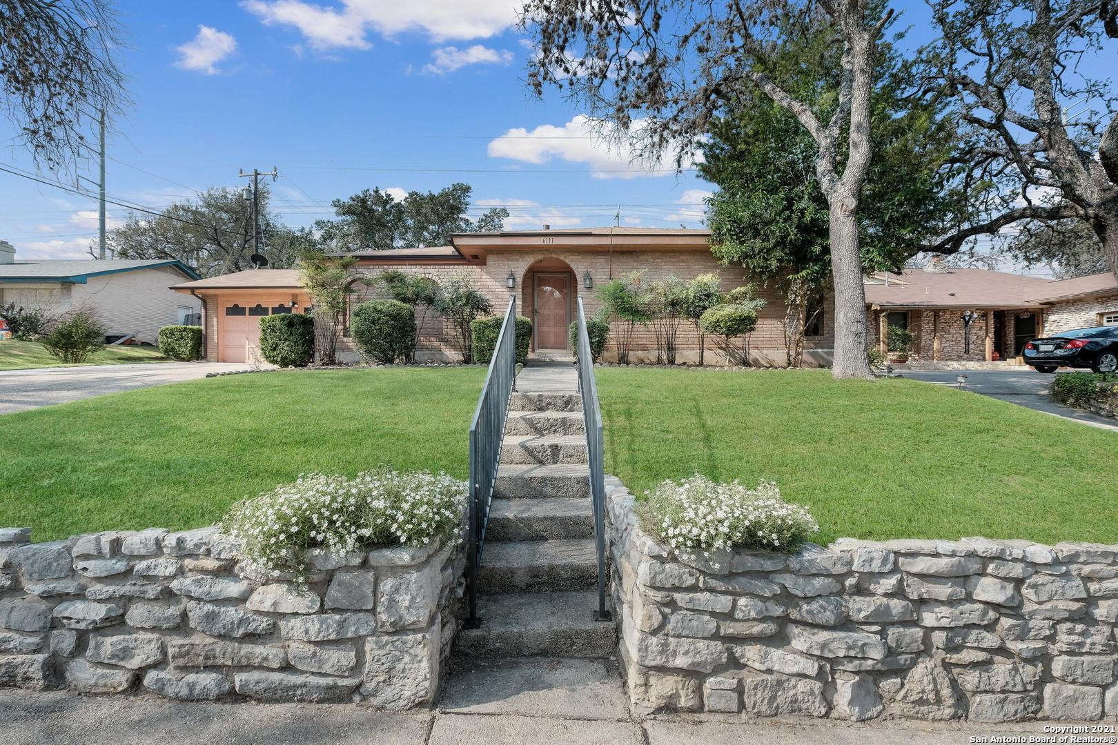 6111 FOREST VIEW ST, San Antonio, TX 78240