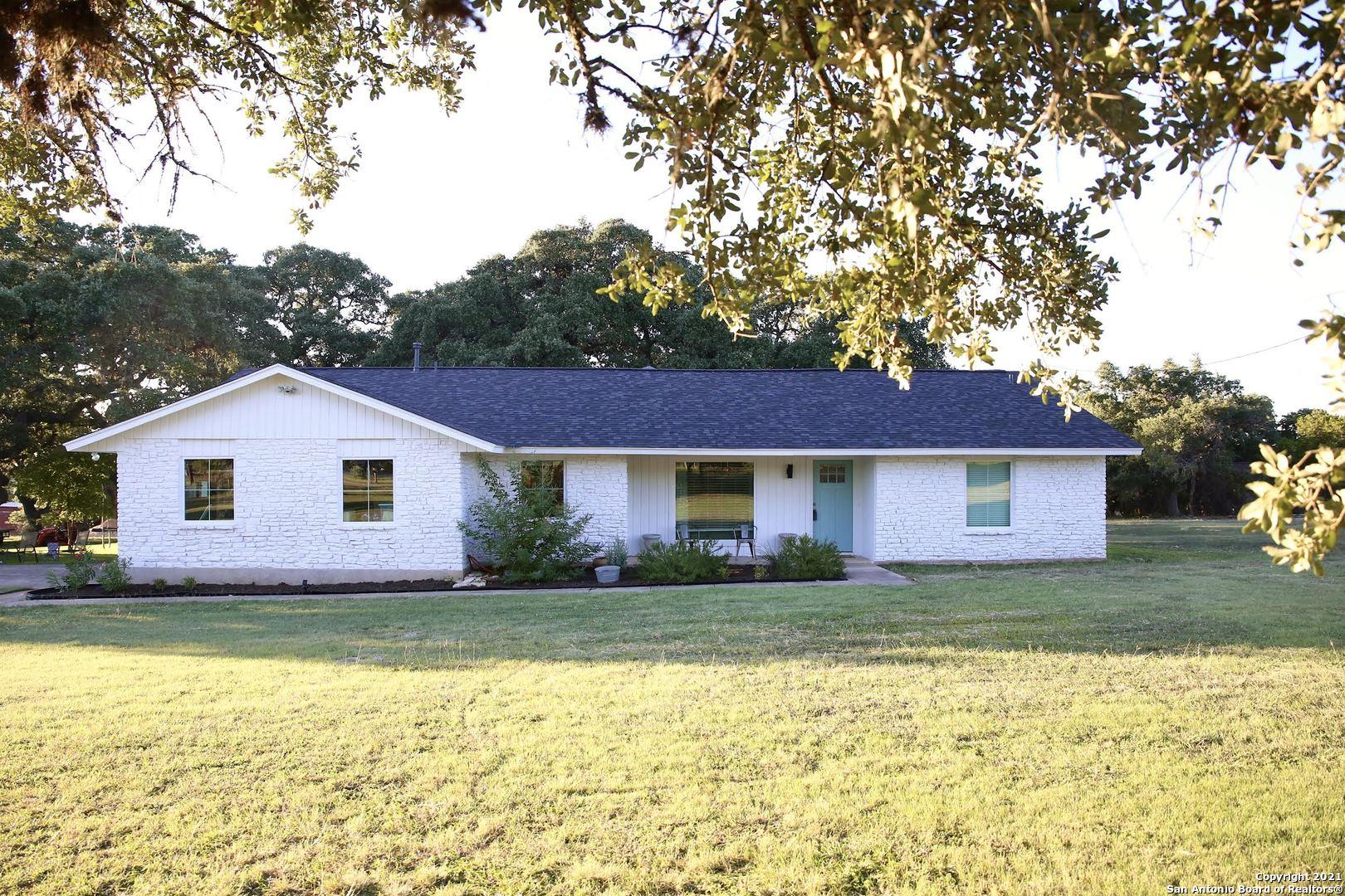 6 Foster Ln, Boerne, TX 78006