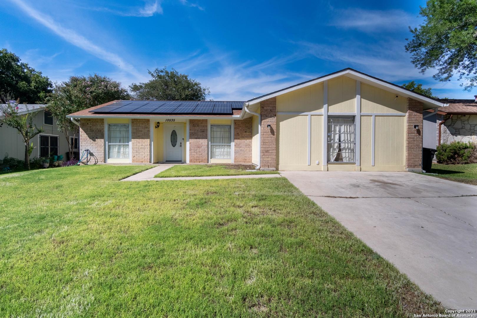 10535 BREEDS HILL DR, San Antonio, TX 78245