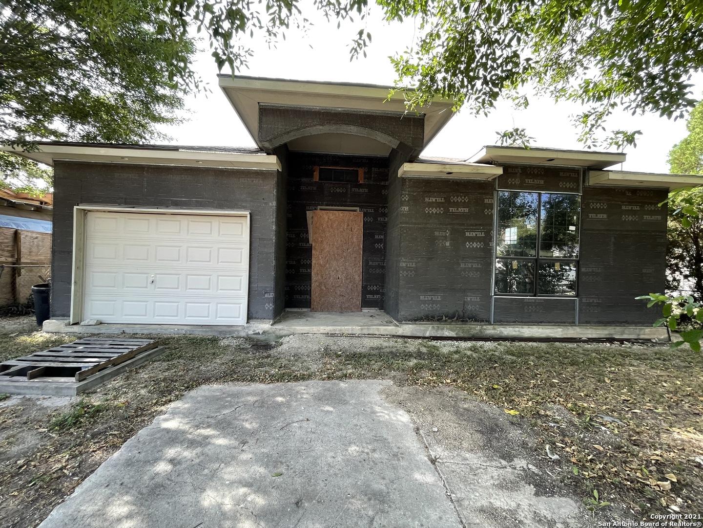426 Marbauch Ave, San Antonio, TX 78237