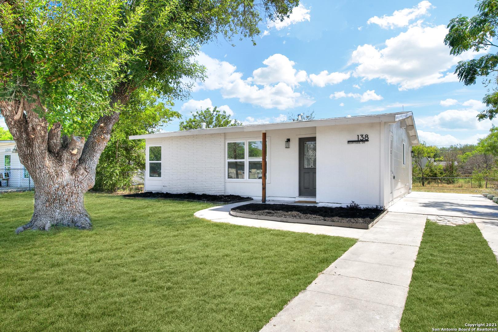 138 BLUFFSIDE DR, San Antonio, TX 78227