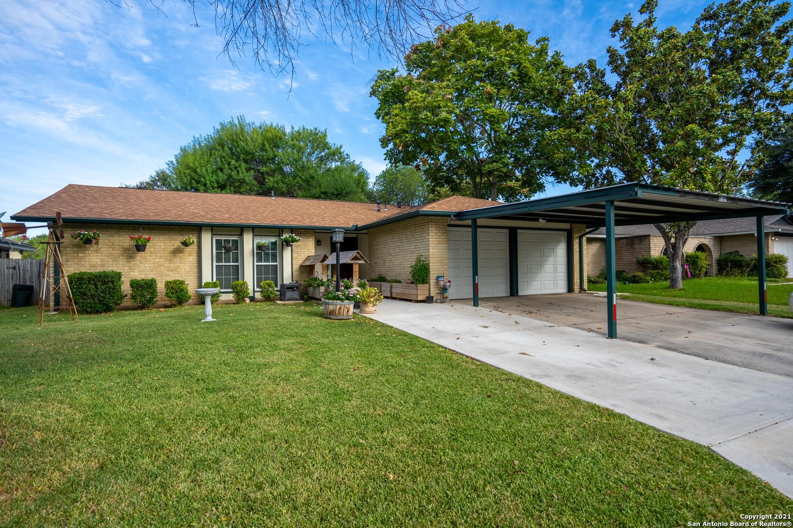 8107 BABE RUTH ST, San Antonio, TX 78240
