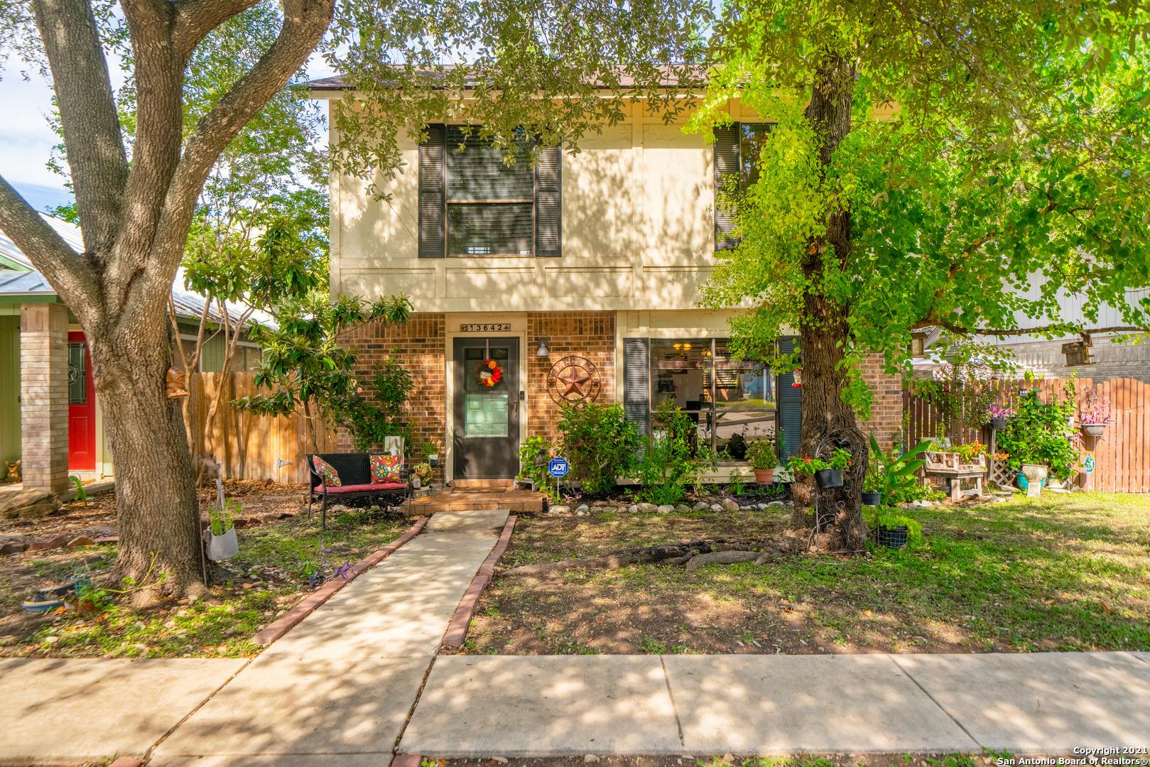 13642 FOREST ROCK DR, San Antonio, TX 78231